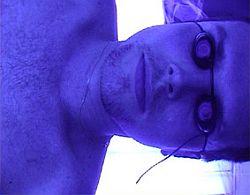 Jeder Gang ins Solarium lässt die Haut altern © Flickr / alfaltendorf