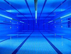 Schwimmbecken © Flickr / Mazintosh <<de nuevo en Granada>>