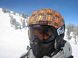 Skihelm. Foto: Flickr by pravin.premkumar
