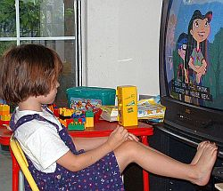 TV gucken. Foto: Flickr by oddharmonic