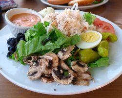 Abnehmen: Mehrere kleinere Mahlzeiten besser als wenige große?