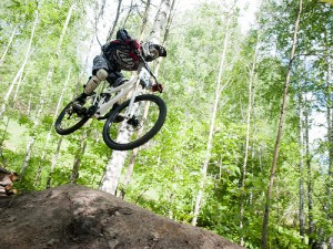 Downhill: Was brauche ich fr&#8217;s actionreiche Radabenteuer