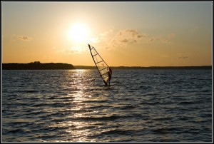 Windsurfen, Flickr, BY-SA © az1172