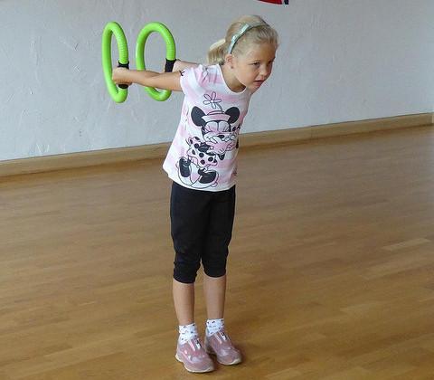 Auch für Kinder bestens geeignet: Smovey Fitnessringe ©  spoe.neuhofen / Flickr